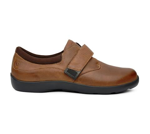 w067:chocolate-Casual Comfort-Velcro-3