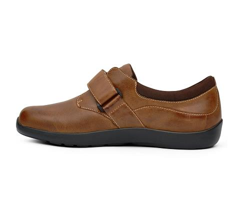 w067:chocolate-Casual Comfort-Velcro-4